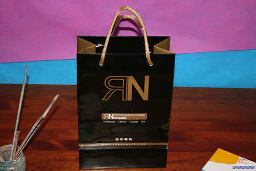 donde comprar bolsas de lujo plastificado brillo
